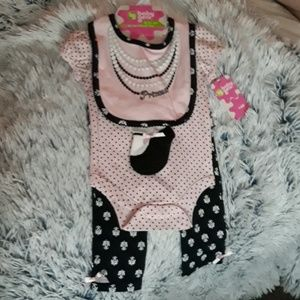 NWT!! 4 piece pink paris, pearl, polkadot set